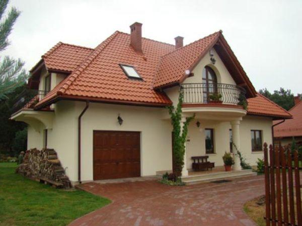 Дом со сложной крышей