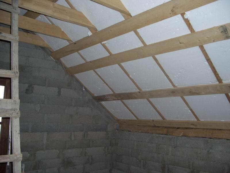 Утеплить деревянный потолок пенопластом своими руками 81