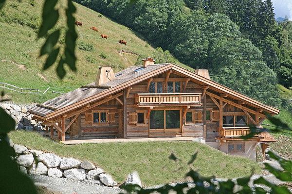 Крыша дома в стиле шале
