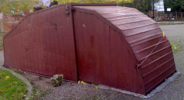Гараж-ракушка с раздвижной крышей