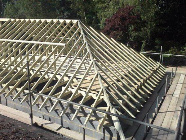 Стропильная система четырёхскатной крыши