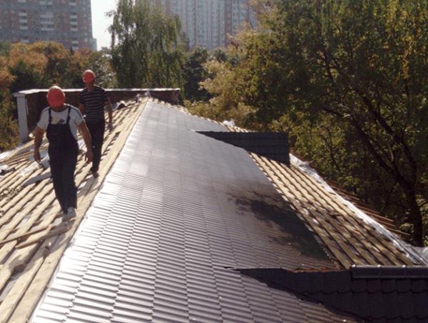 Капитальный ремонт крыши из металлочерепицы
