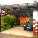 Крыша из поликарбоната над автомобилем