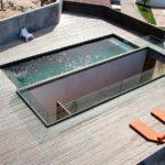 Бассейн на плоской крыше