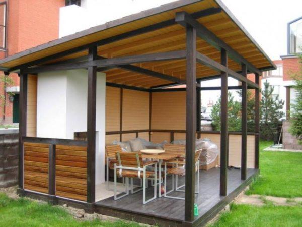 Металлическая беседка с односкатной крышей