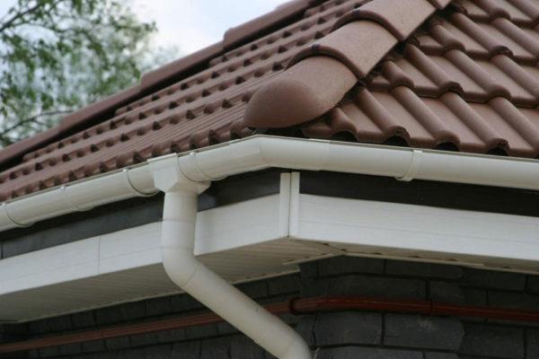 Система водостока скатной крыши