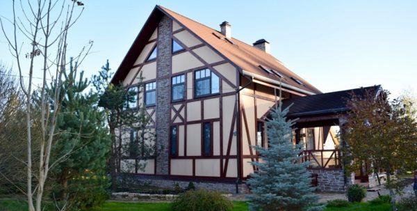 Дом, совмещённый с летней кухней